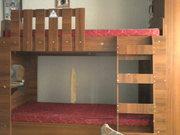 Продам двухъярусную кровать и шифоньер
