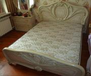 Продам кровать двухспальная с матрасом
