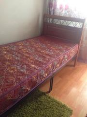 Срочно! Продам кровать в отличном состоянии! с матрасом.